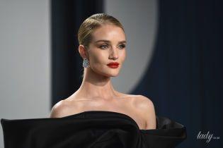 """В платье за 8900 долларов: Рози Хантингтон-Уайтли в элегантном образе посетила вечеринку """"Оскара"""""""