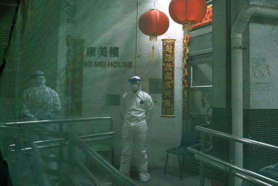 У Китаї сторічний чоловік поборов коронавірус