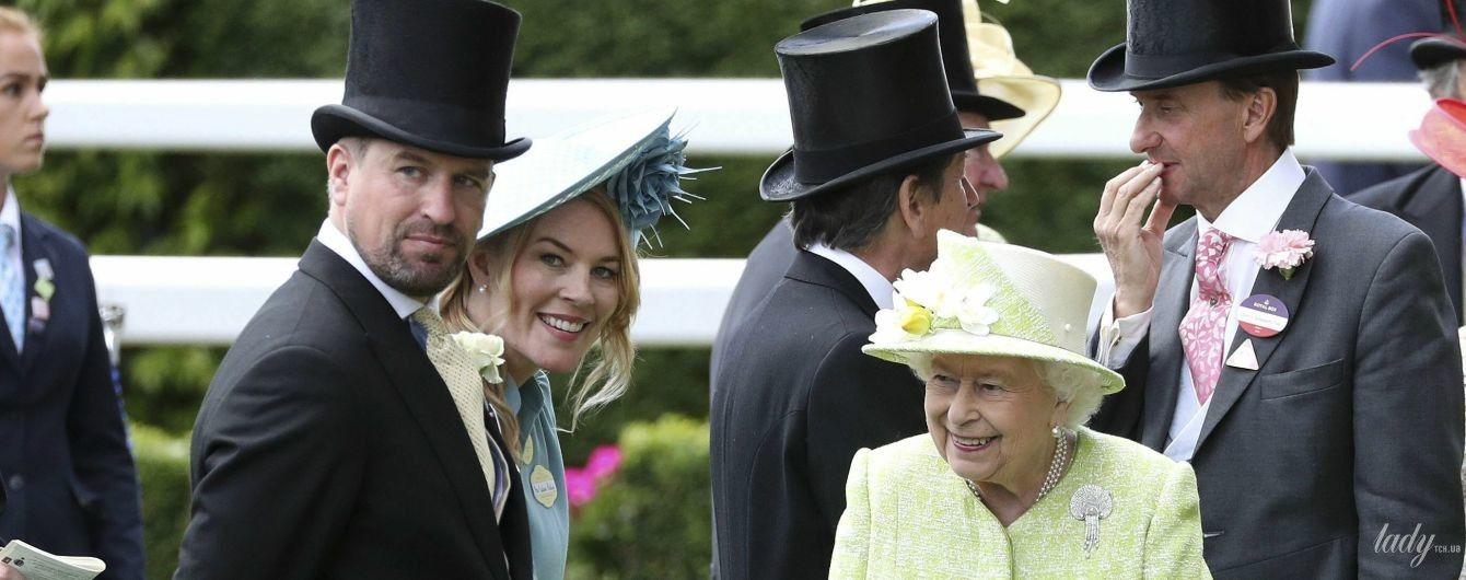 Королева Елизавета II огорчится: в британской королевской семье грядет еще один развод