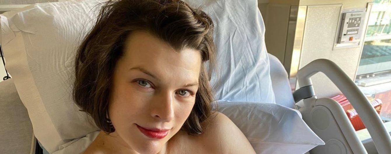 Милла Йовович поделилась подробностями лечения новорожденной дочки