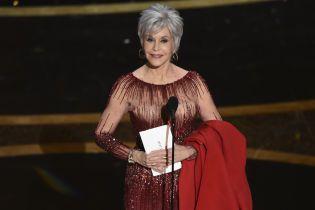 """82-летняя Джейн Фонда на церемонии """"Оскар-2020"""" повторила свой образ шестилетней давности"""
