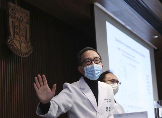Коронавірус може вразити 60% населення світу – епідеміолог