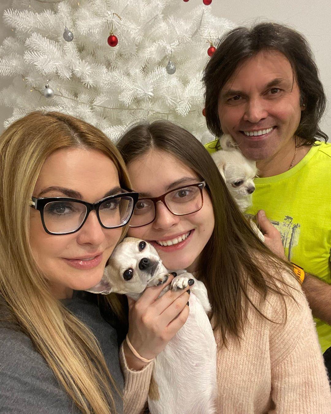 Ольга Сумська з сім'єю_2