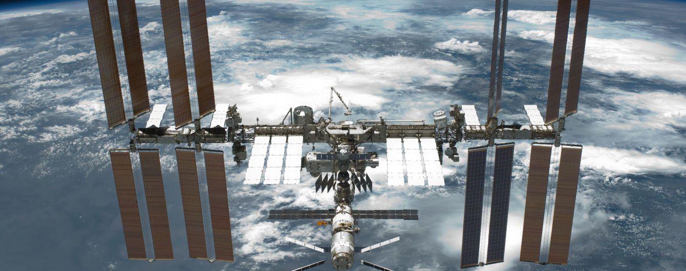 """Учені NASA проведуть на МКС експеримент з чорнобильським грибком, який """"живиться"""" радіацією"""