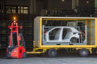 Seat вперше випустив робоплатформи для роботи на заводі