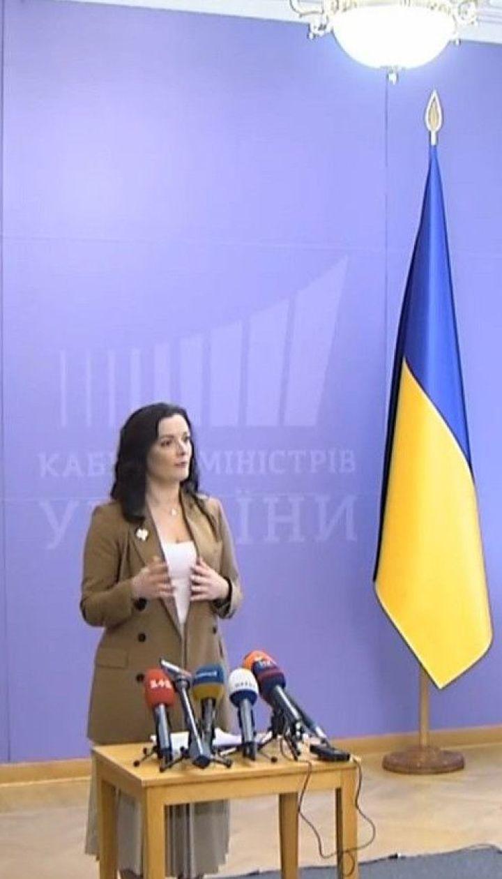В Україні перевіряють на коронавірус п'ятьох людей