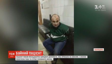 Нетрезвый пациент избил фельдшера скорой помощи, прибывшего к нему на вызов