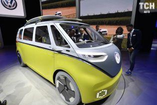 Volkswagen рассказал, когда начнется производство электробусов ID. Buzz