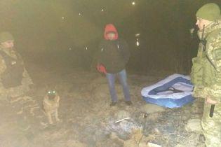 Через границу на детском надувном бассейне. В Винницкой области иностранец пытался нелегально попасть в Молдову