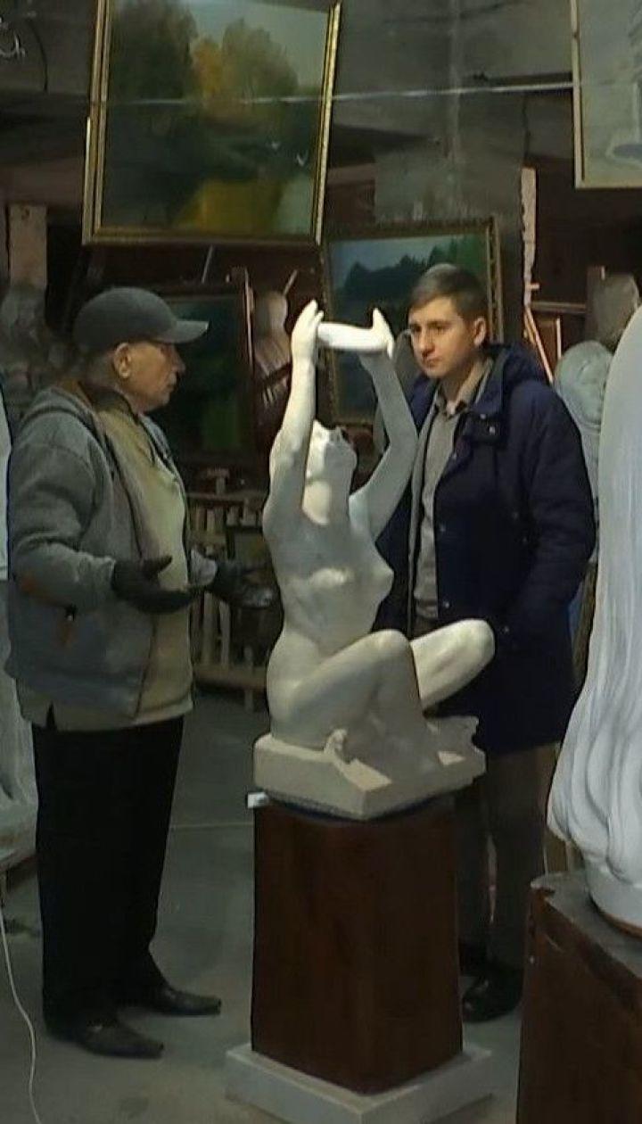 Признанный в мире украинский скульптур Николай Шматько уже 7 лет живет в подвале