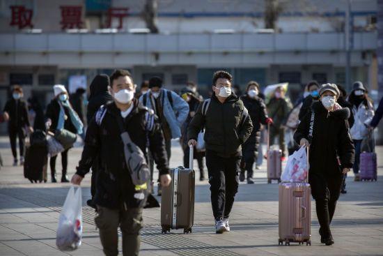 Коронавірус за межами Китаю та втручання Росії у вибори США. П'ять новин, які ви могли проспати