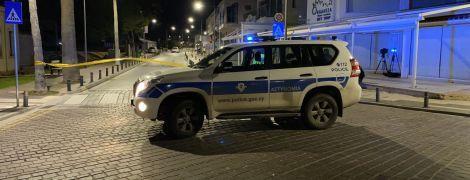 На кіпрському курорті кілер з автомата обстріляв кафе і поранив чотирьох людей
