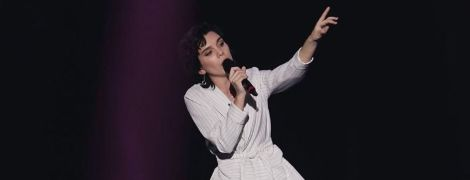"""""""Голос країни -10"""": на сцені виступила учасниця, яка пів року тому пережила інсульт"""