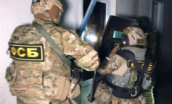 Обшуки у Криму: ФСБвці вдерлися до шістьох осель кримських татар