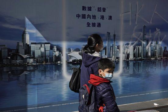 Українцям із симптомами коронавірусу відмовлять у евакуації з Китаю – МОЗ