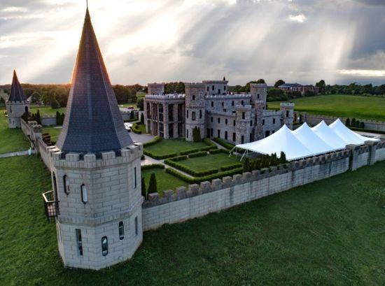 У США туристам пропонують зупинитися у замку