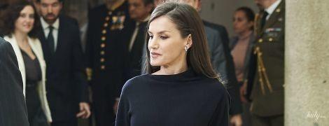 Какая элегантная: королева Летиция в черном аутфите на приеме во дворце Эль-Пардо