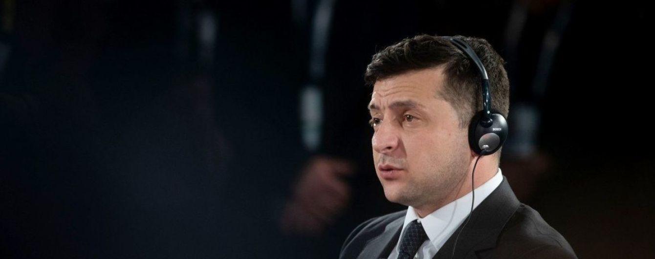 Зеленський зібрав уряд на нараду щодо поширення коронавірусу: про що говорили