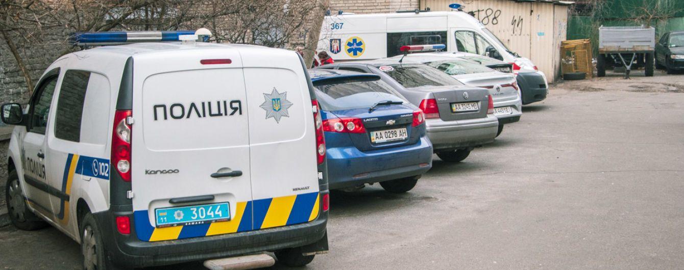 В Днепре убили 12-летнего мальчика: обнаженное тело нашли в заброшенном доме на территории больницы