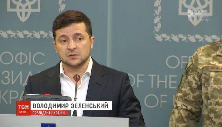 Зеленський назвав обстріли на передовій провокацією та спробою зірвати мирний процес