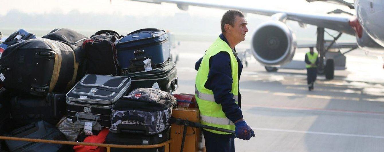 Украина вернула своих граждан, которых закрыли на карантин в отелях Египта