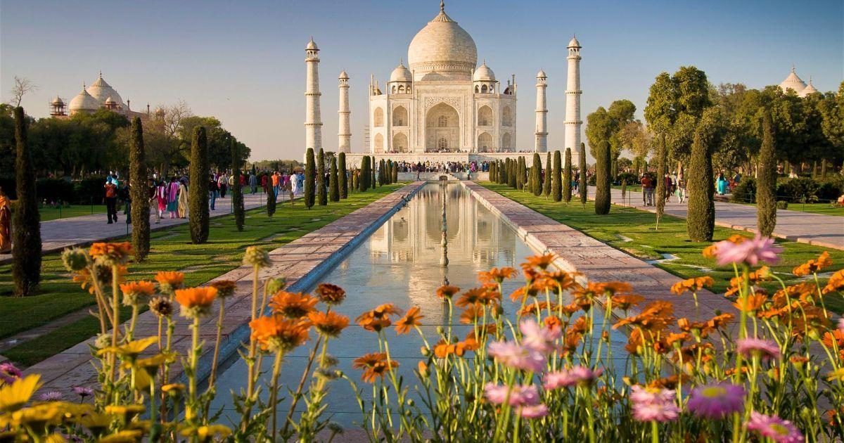 Тадж-Махал вновь открыт для туристов