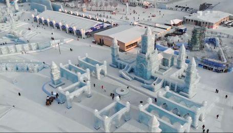 """Как в Китае готовятся к Харбинскому ледовому фестивалю - смотри """"Мир наизнанку"""""""