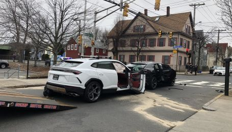 В США подростков угнали две Lamborghini Urus и устроили гонки с полицией
