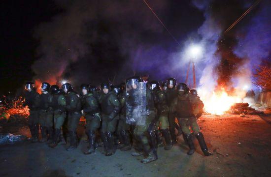 Від палаючих шин до виправдання: що відбувалося упродовж двох днів в охоплених безладами Нових Санжарах
