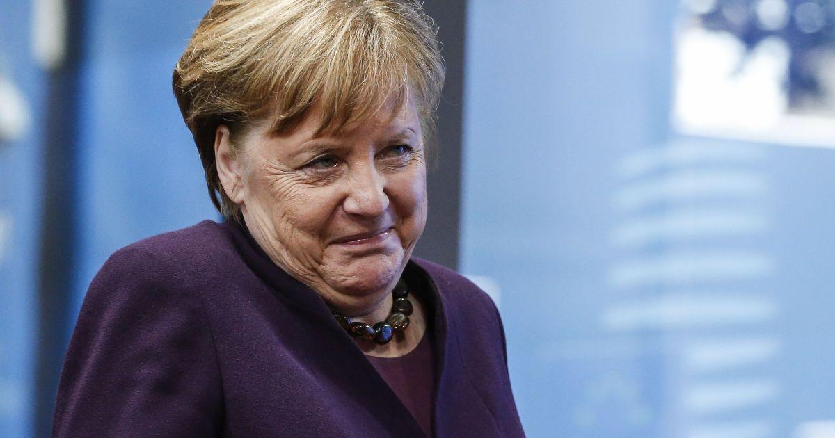 """""""Хотим углубить двусторонние отношения"""": Меркель пригласила нового премьера Шмыгаля в Берлин"""