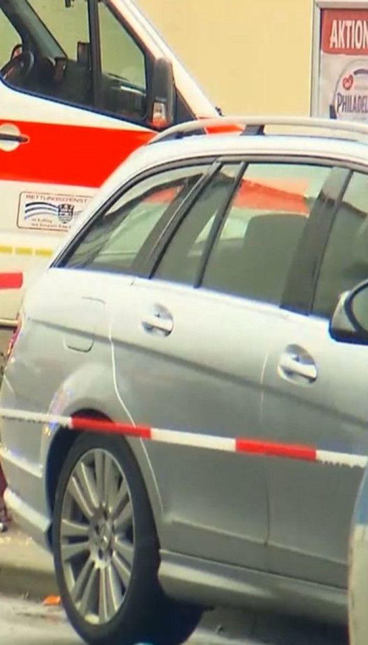 Теракт во время карнавала: автомобиль наехал на участников массовых гуляний в Германии
