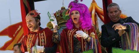 Сказочные персонажи и яркий парад: как Новый Орлеан отгулял праздник Марди Гра