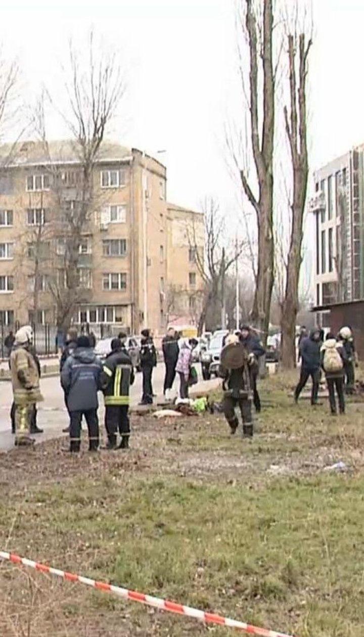 Трое мужчин погибли во время пожара в коллекторе в Киеве