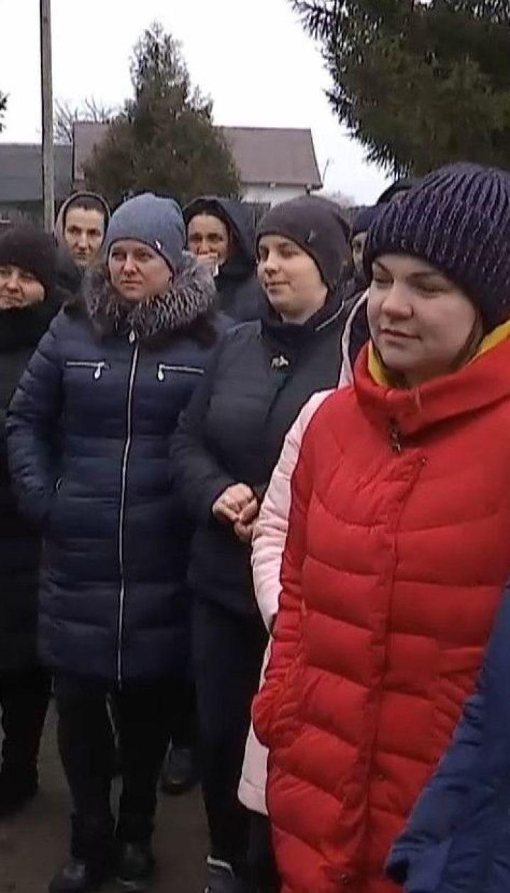 600 детей в Ровенской области не посещают уроки из-за невыполненных обещаний построить школу