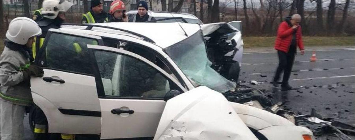 На трасі Київ-Чоп сталась жахлива аварія із загиблими