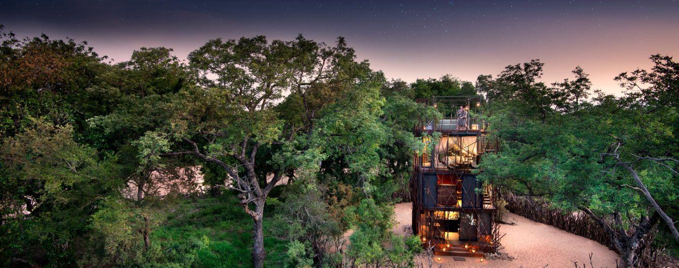 В Африке туристам предлагают остановиться в отеле с хищниками