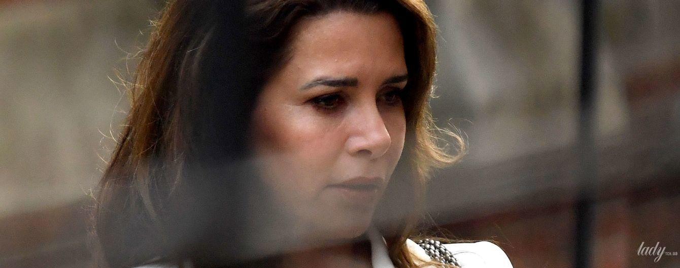 В белом аутфите и с драгоценной подвеской: принцесса-беглянка Хайя снова в суде