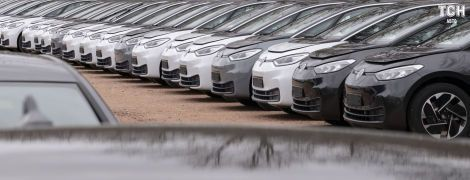 Volkswagen показав, як виробляє електрокари. Фото