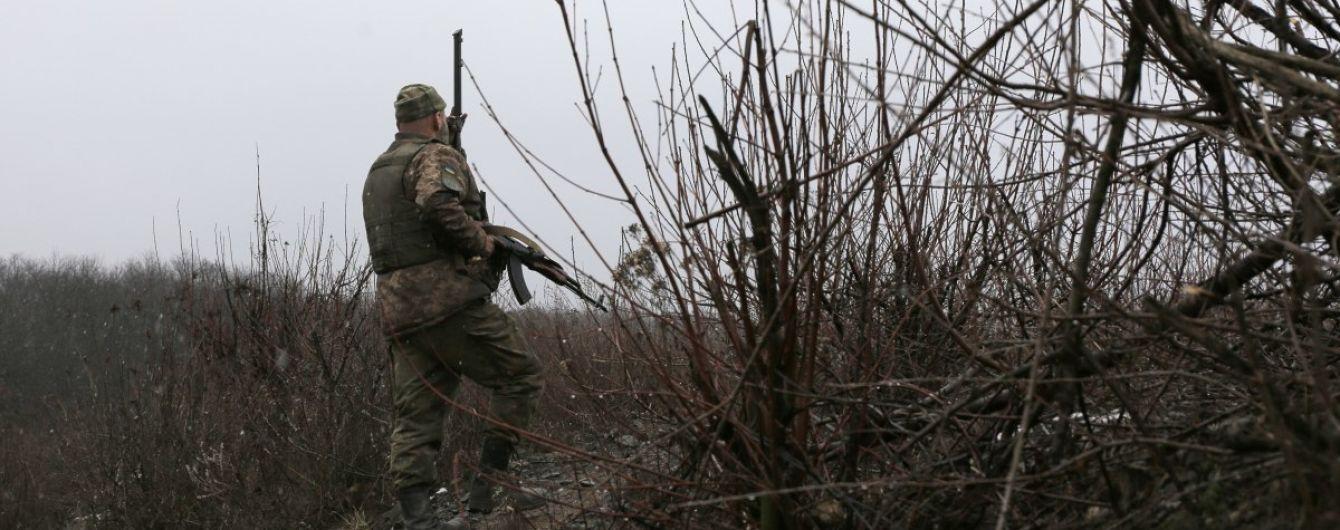 Терористи на Донбасі гатили із заборонених мінометів та гранатометів