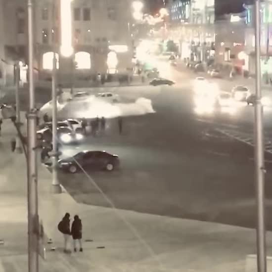 У Харкові біля місця смертельної ДТП за участю Зайцевої зухвалий водій влаштував дрифт