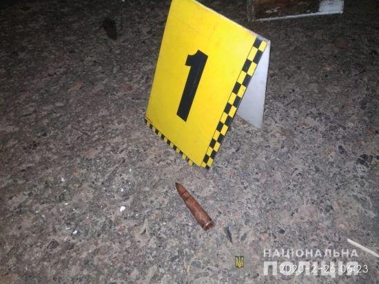 У Черкаській області чоловік стріляв з автомата у свого брата. Добу його шукали у лісі