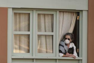 Коронавирус заразил украинцев заграницей и атаковал соседнюю Польшу. Советы, как побороть тревогу из-за вспышки