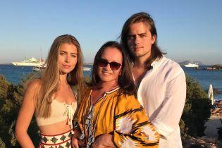 Внуки Софии Ротару признались, почему не называют ее бабушкой и не афишируют своего происхождения