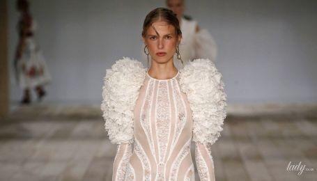 Модне мереживо, сітка та плетіння: тенденції сезону весна-літо 2020