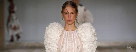 Модное кружево, сетка и плетение: тенденции сезона весна-лето 2020