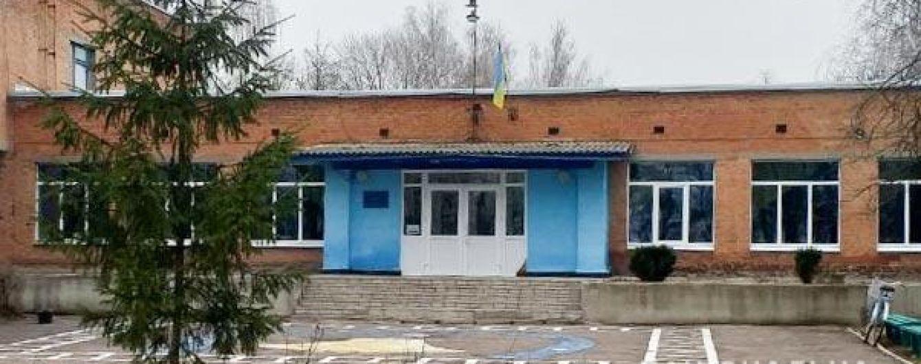 У Полтавській області госпіталізували школярів із харчовим отруєнням