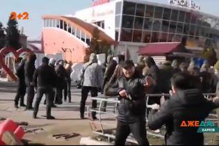 """В Харькове хотят снести """"Барабашово"""": продавцы вышли защищать места"""