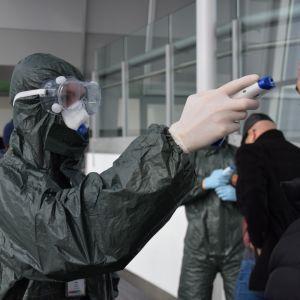 На держкордоні знайшли людей з підозрою на коронавірус - МОЗ