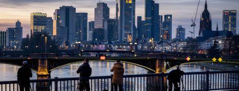 Германия упрощает трудоустройство иностранцев: подробно об изменениях