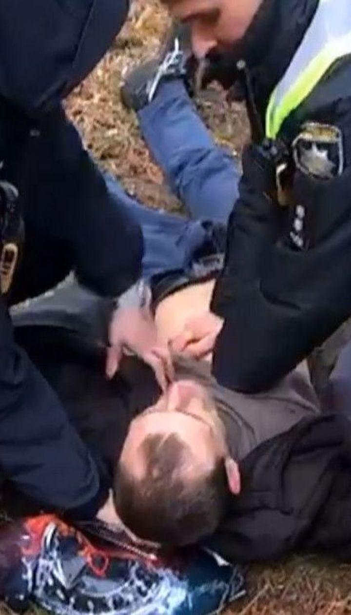 В Сарнах полицейские спасли жизнь мужчине, которому стало внезапно плохо